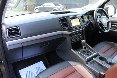 Volkswagen Amarok DC V6 TDI HIGHLINE 4MOTION - CHROME BARS - TWO TONE LEATHER - ONE OWNER 26