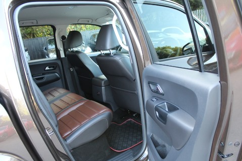 Volkswagen Amarok DC V6 TDI HIGHLINE 4MOTION - CHROME BARS - TWO TONE LEATHER - ONE OWNER 32