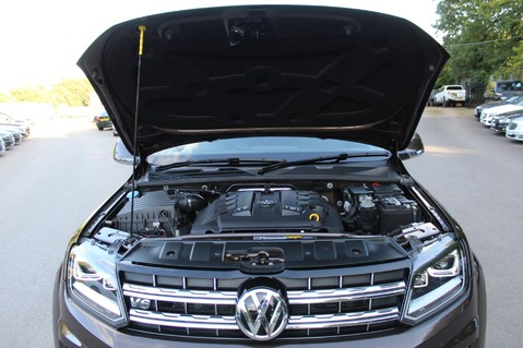 Volkswagen Amarok DC V6 TDI HIGHLINE 4MOTION - CHROME BARS - TWO TONE LEATHER - ONE OWNER 65