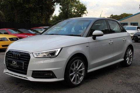 Audi A1 SPORTBACK TFSI S LINE -SAT NAV/CRUISE/PARKING SENSORS/HIGHBEAM ASSIST/2TONE 8