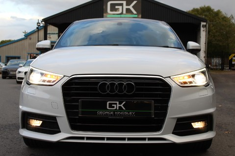 Audi A1 SPORTBACK TFSI S LINE -SAT NAV/CRUISE/PARKING SENSORS/HIGHBEAM ASSIST/2TONE 15