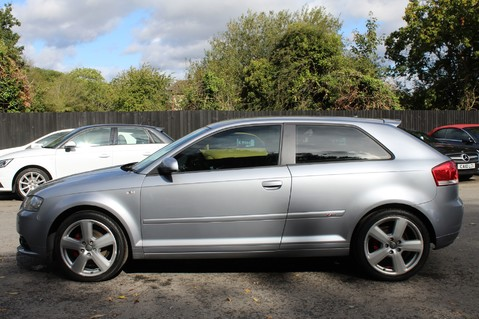 Audi A3 TFSI S LINE - FULL LEATHER/BLUETOOTH/TINTS/FSH/2 KEYS - MOT SEPT 2020 7