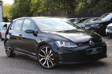Volkswagen Golf GTD DSG -19 INCH SANTIAGOS -CAMERA -LEATHER -DISCOVER PRO SAT NAV -KEYLESS