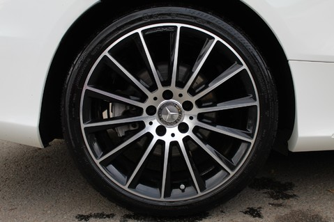 Mercedes-Benz C Class C 250 D AMG LINE PREMIUM PLUS - 19 INCH ALLOYS - AMG NIGHT PACKAGE 64
