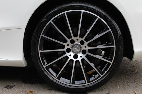 Mercedes-Benz C Class C 250 D AMG LINE PREMIUM PLUS - 19 INCH ALLOYS - AMG NIGHT PACKAGE 65