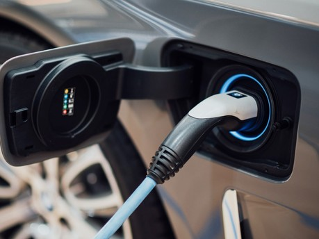 The government gets ready for the EV revolution