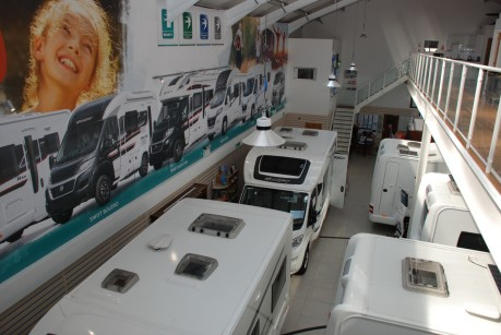 Welcome to Stewart Mouland Motorcaravans 3