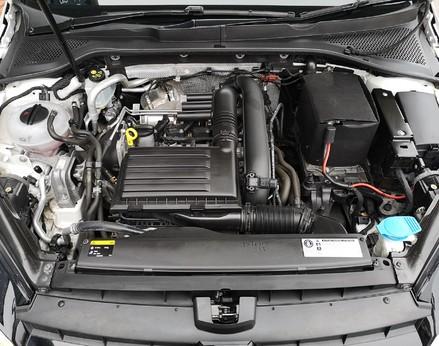 Volkswagen Golf MATCH EDITION TSI BMT 8