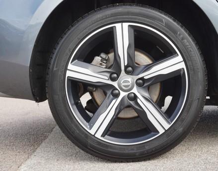 Volvo V40 D3 R-DESIGN NAV PLUS 13