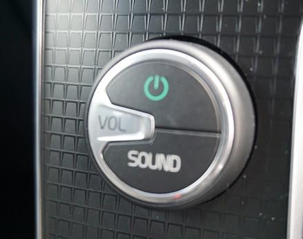 Volvo V40 D3 R-DESIGN NAV PLUS 30