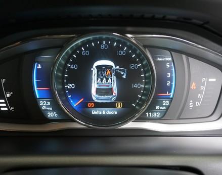 Volvo XC60 D5 R-DESIGN LUX NAV AWD 20