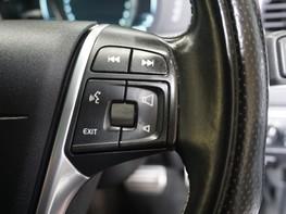 Volvo XC60 D5 R-DESIGN LUX NAV AWD 34