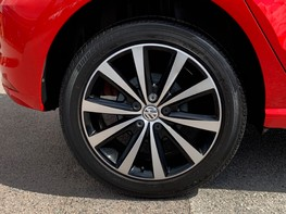 Volkswagen Polo BEATS 15