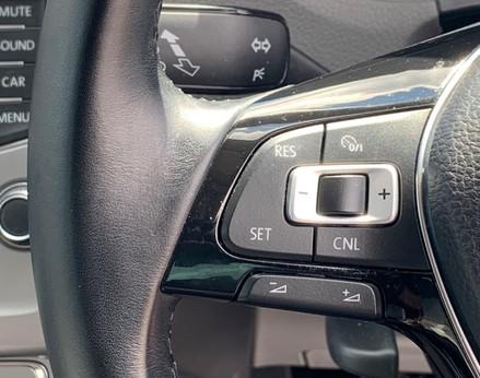 Volkswagen Polo BEATS 33