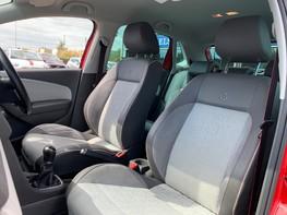 Volkswagen Polo BEATS 39
