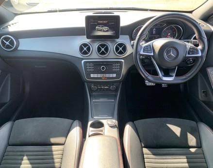 Mercedes-Benz Cla Class CLA 220 D 4MATIC AMG LINE 2