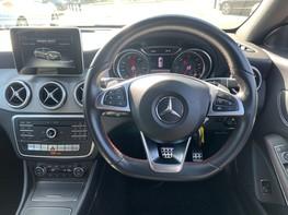Mercedes-Benz Cla Class CLA 220 D 4MATIC AMG LINE 17