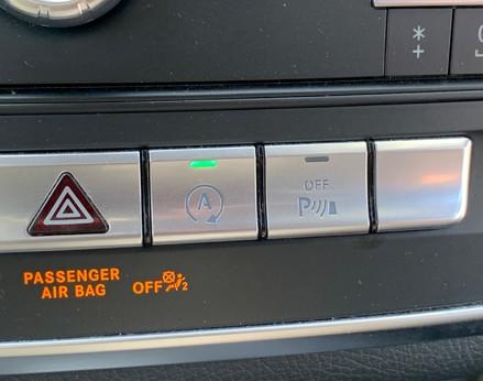 Mercedes-Benz Cla Class CLA 220 D 4MATIC AMG LINE 31