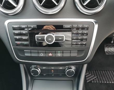 Mercedes-Benz A Class A200 CDI SPORT 19