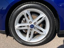 Ford Focus ZETEC EDITION 16