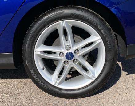 Ford Focus ZETEC EDITION 15