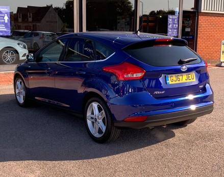 Ford Focus ZETEC EDITION 9