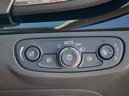 Vauxhall Mokka X ACTIVE S/S 38