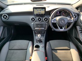 Mercedes-Benz A Class A 180 D AMG LINE EXECUTIVE 2
