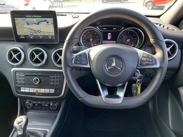 Mercedes-Benz A Class A 180 D AMG LINE EXECUTIVE 18
