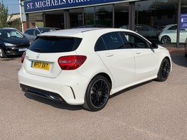Mercedes-Benz A Class A 180 D AMG LINE EXECUTIVE 8