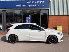 Mercedes-Benz A Class A 180 D AMG LINE EXECUTIVE 10