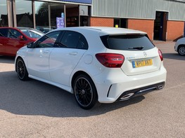 Mercedes-Benz A Class A 180 D AMG LINE EXECUTIVE 9