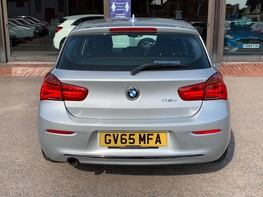 BMW 1 Series 118D SPORT 6