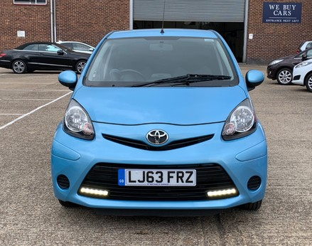 Toyota Aygo VVT-I MOVE WITH STYLE MM 5