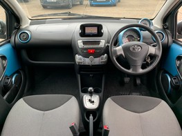 Toyota Aygo VVT-I MOVE WITH STYLE MM 2
