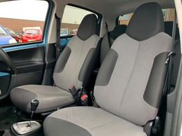 Toyota Aygo VVT-I MOVE WITH STYLE MM 32