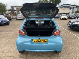 Toyota Aygo VVT-I MOVE WITH STYLE MM 34