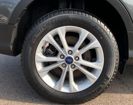 Ford Kuga TITANIUM TDCI 14