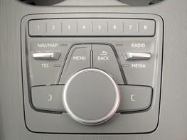 Audi A4 1.4 TFSI S-LINE (148 BHP) 33