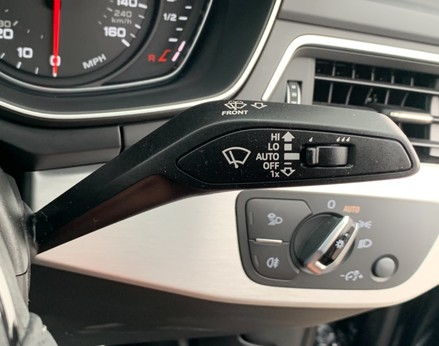 Audi A4 1.4 TFSI S-LINE (148 BHP) 42