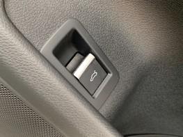 Audi A4 1.4 TFSI S-LINE (148 BHP) 46