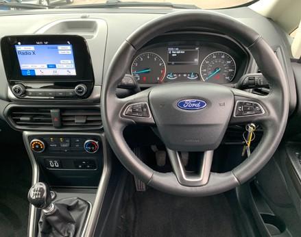 Ford Ecosport ZETEC 18