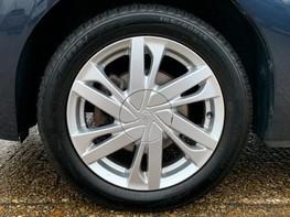 Toyota Aygo VVT-I X-PRESSION 15