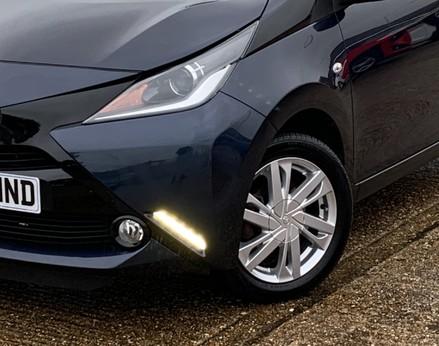Toyota Aygo VVT-I X-PRESSION 3