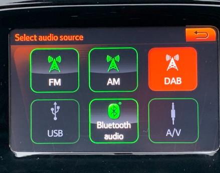 Toyota Aygo VVT-I X-PRESSION 24