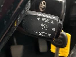 Toyota Aygo VVT-I X-PRESSION 33
