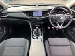 Vauxhall Insignia GRAND SPORT SRI NAV 2
