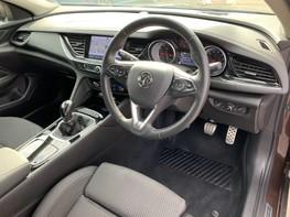 Vauxhall Insignia GRAND SPORT SRI NAV 17