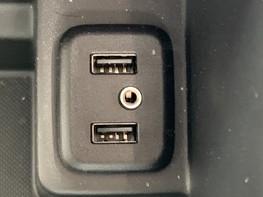 Vauxhall Insignia GRAND SPORT SRI NAV 36