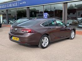 Vauxhall Insignia GRAND SPORT SRI NAV 8